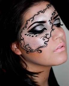 Schminktipps Fasching Maske Zeichnen Kontur Carnavalsrok