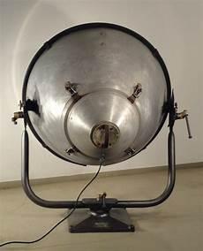 Anciens Projecteurs Industriels