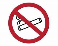 Grande Bretagne Vers Une Interdiction De Fumer Au Volant