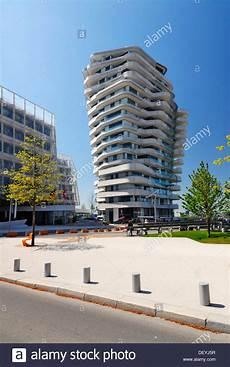 The Apartment Building Marco Polo Tower Strandkai Quay