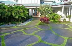 einfahrt gestalten ideen top 5 asphalt driveway ideas xlasphalt asphalt