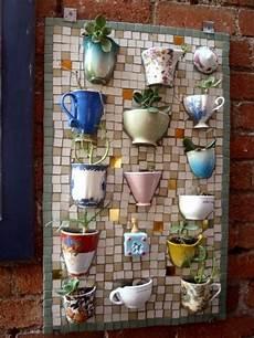 kreatives gestalten die schönsten ideen zum selbermachen gartendeko idee selber machen mosaik alte tassen dekoidee