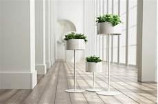 cache pot sur pied et support pour plante 19 id 233 es d 233 co