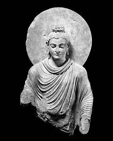 embedded image buddha kunst buddha kunst skulpturen