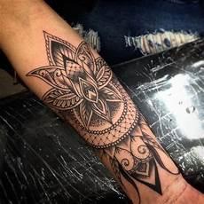 150 Coole Tattoos F 252 R Frauen Und Ihre Bedeutung Tattoos