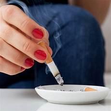 Rauchgeruch Entfernen Die Besten Tipps Brigitte De