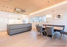 wandgestaltung küche beispiele 9 k 252 chen farbkonzepte ideen bilder und beispiele f 252 r