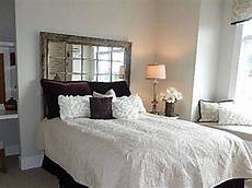 Bedroom Ideas No Headboard by Beds Without Headboards Decorating Search