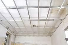 Comment Faire Un Plafond Suspendu Comment Faire Un Plafond Suspendu Maison Travaux