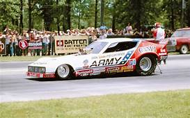 Dragstic Plastic Don Prudhommes 1979 Army Funny Car