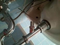 Waschbecken Ger 228 Teanschlu 223 Wie Verschlie 223 En Handwerk