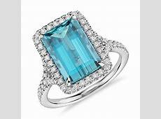 Aquamarine with Diamond Halo Ring in 18k White Gold (3.90