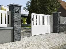 Barriere De Maison 10 Solutions Pour Embellir Portail Et Sa Cl 244 Ture