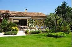 maison de jardin acheter une maison avec ou sans jardin conseils et