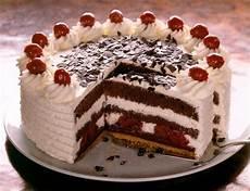 Schwarzwälder Kirsch Torte - die besten 25 schwarzw 228 lder kirschtorte ideen auf
