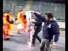 concerto vasco torino vasco torino brucia sciarpa dell inter dopo il concerto
