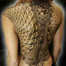 Rücken Tattoos Frauen - 39 best my addiction middle eastern images on