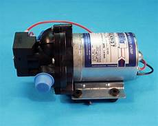 vattenpump shurflo 7l min trail king