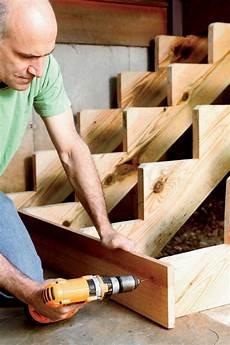 Gartentreppe Aus Holz Selber Bauen Anleitung Setzstufen