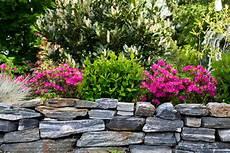 natursteinmauer 187 kostenfaktoren preisbeispiele und mehr