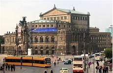 opera house saxon state opera dresden semperoper