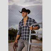 good-looking-cowboys