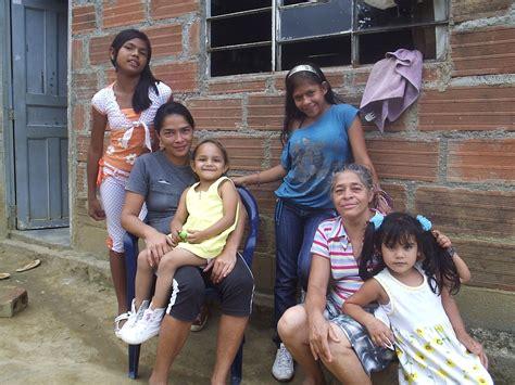 Esperanza Gomez Familia