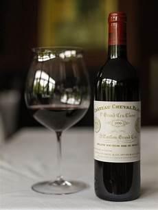 hippovino la bouteille de vin la plus ch 232 re 224 la saq
