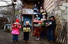 weihnachten im schuhkarton in m 246 hringen geschenke f 252 r