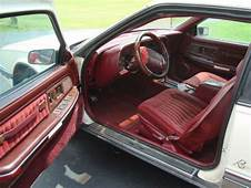 Buy Used 1991 Buick Riviera Luxury Coupe 2 Door 38L White