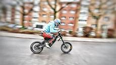 Motorrad Für Kinder - die coolsten motorr 196 der f 220 r kinder e bike freerider