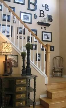treppenhaus bilder aufhängen 35 besten stiegenaufgang bilder auf bilderwand