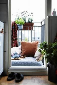 Gestaltung Kleiner Balkon - kleinen balkon gestalten laden sie den sommer zu sich