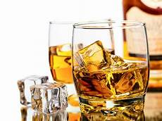 10 surprising benefits of drinking whiskey onedio co