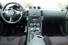 motor auto repair manual 2009 nissan 370z interior lighting anybody can offer some advices to help me to identiy the model of a pre owned car nissan 370z