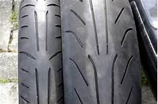 Moto Racing Pneu Michelin Power Quasi Neuf 224