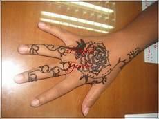 Gambar Henna Motif Bunga Gambar Bunga