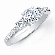 1ct tw diamond three stone engagement ring