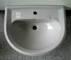 ideal standard laguna waschbecken 60x48 cm manhattan grau