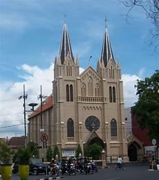 Catatan 5 Sejenak Melihat Gereja Katolik Di Malang