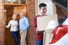 Zuhause Ausziehen Der Start In Die Erste Eigene Wohnung