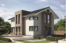 haus mit steinfassade einfamilienhaus architektur modern mit satteldach klinker