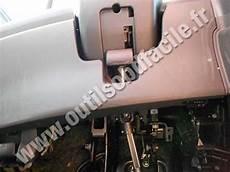 on board diagnostic system 2003 suzuki vitara engine control obd2 connector location in suzuki swift 2010 2017 outils obd facile