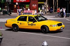 yellow taxi nyc taxi taxi nyc new york city new york city