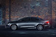 2015 chrysler 200 reviews and rating motor trend