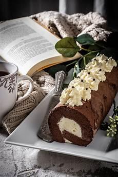 rotolo alla crema rotolo al cacao con crema alla panna nel 2020 idee alimentari cibo etnico panna