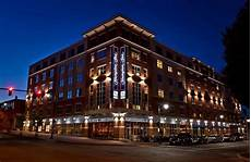 book hton inn portland downtown waterfront in portland hotels com