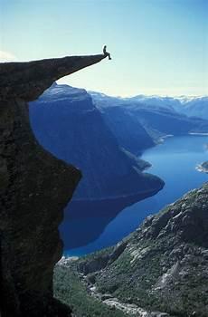 Trolltunga In 2020 Weltwunder Orte Und Norwegen Landschaft