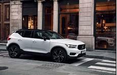 2019 volvo xc40 configurations exterior colors ground