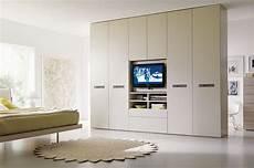 armadio per soggiorno come scegliere l armadio giusto casafacile